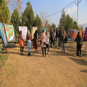 an exhibition of art at Cihan University - Duhok